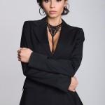 Ozdobné ramínko COLLET – černý límeček s knoflíky