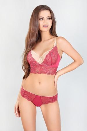 soft-model-131318-lupo-line.jpg