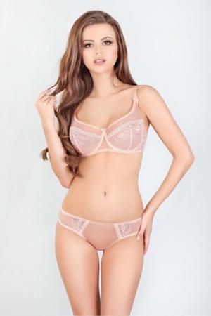 soft-model-132820-lupo-line.jpg