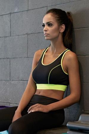 fitness-funkcni-podprsenka-gabi-neon.jpg