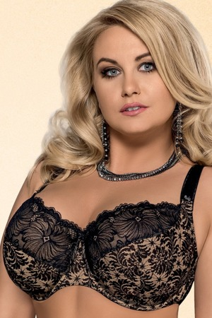 damska-podprsenka-534-chantal-plus-black-lace.jpg