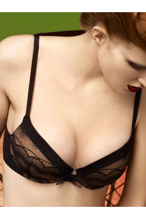 podprsenka-push-up-8245a8-huit.jpg